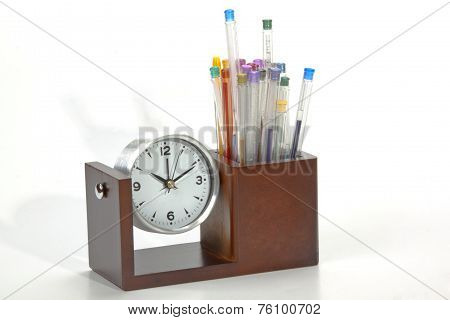Battery Operated Analogue Clock With Colorful Pens In Holder