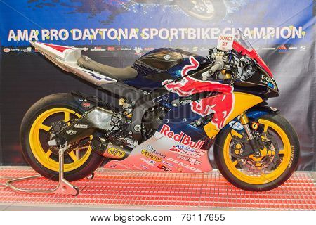 Red Bull Yamaha Yzf-r6 Motorcycle