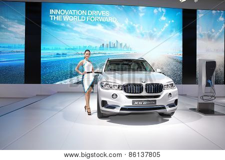 Bangkok - March 24: Bmw X5 Edrive Car With Unidentified Model  On Display At The 36 Th Bangkok Inter