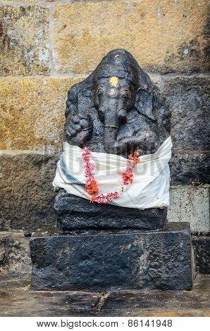 Ganesh statue in Brihadishwarar Temple