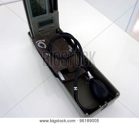 Sphygmomanometer For Blood Pressue Measurement.