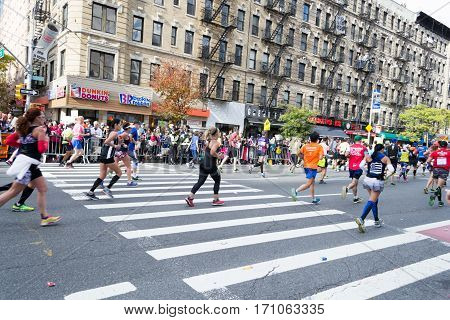 Marathon Runners Along First Avenue In The Nyc Marathon 2016