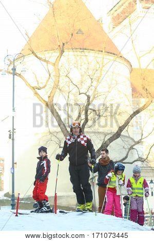 Ivica Kostelic Skiing With Children