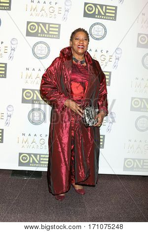 LOS ANGELES - FEB 10:  Loretta Devine at the Non-Televisied 48th NAACP Image Awards at Pasadena Conference Center on February 10, 2017 in Pasadena, CA