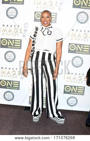 LOS ANGELES - FEB 10:  Aisha Hinds at the Non-Televisied 48th NAACP Image Awards at Pasadena Conference Center on February 10, 2017 in Pasadena, CA