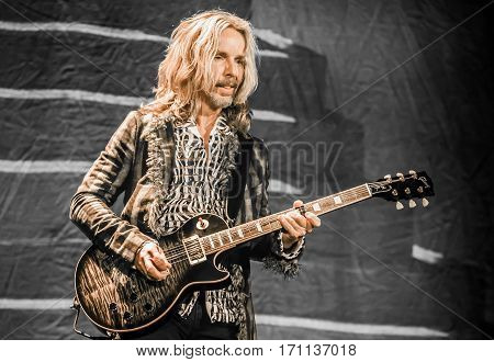 Tommy Shaw of Styx - Pacific Amphitheatre Costa Mesa CA. June 15th 2016