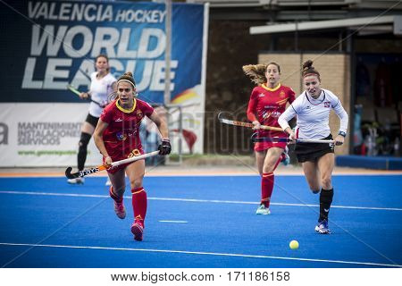 VALENCIA, SPAIN - FEBRUARY 12: (L) Gine (R) Blaszyk during Hockey World League Round 2 Final match between Spain and Poland at Betero Stadium on February 12, 2017 in Valencia, Spain