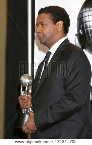 LOS ANGELES - FEB 11:  Denzel Washington at the 48th NAACP Image Awards Press Room at Pasadena Conference Center on February 11, 2017 in Pasadena, CA