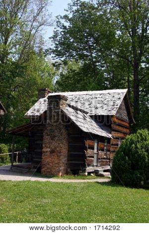 Colonial Home - Great Smoky Mountains National Park