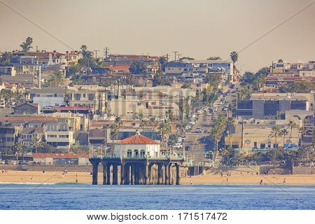 Morning View Of The Shore Near Manhattan Beach And Redondo Beach