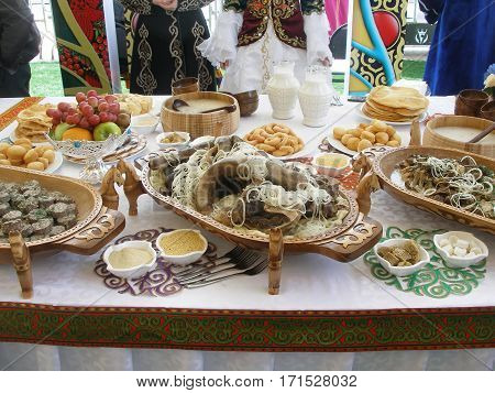 Kazakh national dishes on the holiday table