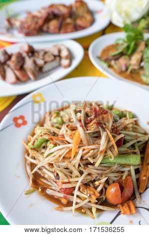 Traditional food, Som tam, Spicy papaya salad with herbs