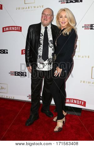 LOS ANGELES - FEB 11:  Steve Cropper, Linda Thompson at the Primary Wave 11th Annual Pre-GRAMMY Party at The London on February 11, 2017 in West Hollywood, CA