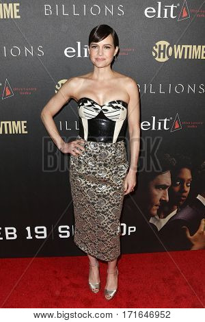 Actress Carla Gugino attends the