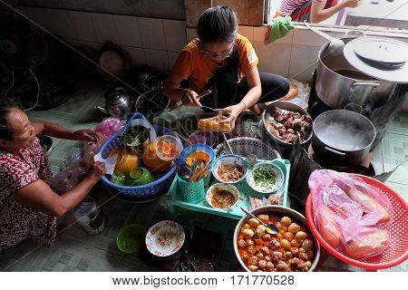 Vietnamese Restaurant, Rice Spagheti And Banh Mi
