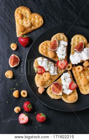 Wafers With Berries