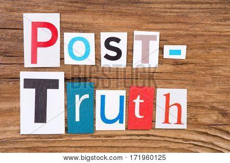 Phrase 'Post - truth