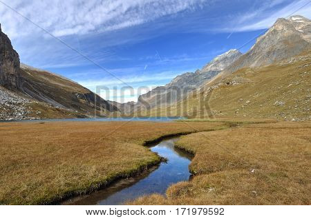 lake and affluent in moutain - Alps
