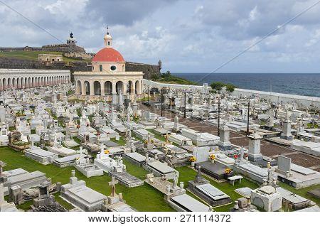 San Juan, Puerto Rico -august 4, 2018: Landmark Cemetery Santa Maria Magdalena De Pazzis And El Morr