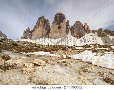 On Spring  Tour Around Fmous Tre Cime. Great View Of Alpine Tre Cime Di Lavaredo Massif.