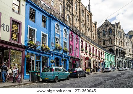 Edinburgh, Scotland - May 19: Victoria Street In Centre Of City On May 18, 2019 In Edinburgh