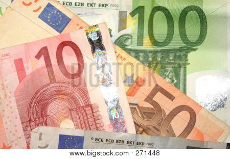 Euro Banknotes_3337