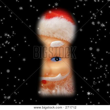 Santa - Through Keyhole