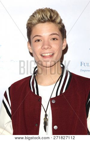LOS ANGELES - DEC 1: Connor Finnerty at the Fulfillment Fund's 45th Annual Holiday Party for kids at CBS Television City on December 1, 2017 in Los Angeles, California