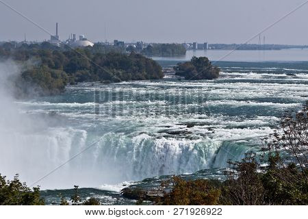 Niagara Falls, Ontario, Sept 25, 2017 - Horizontal Close Up From The Side Of The Horseshoe Falls Wit