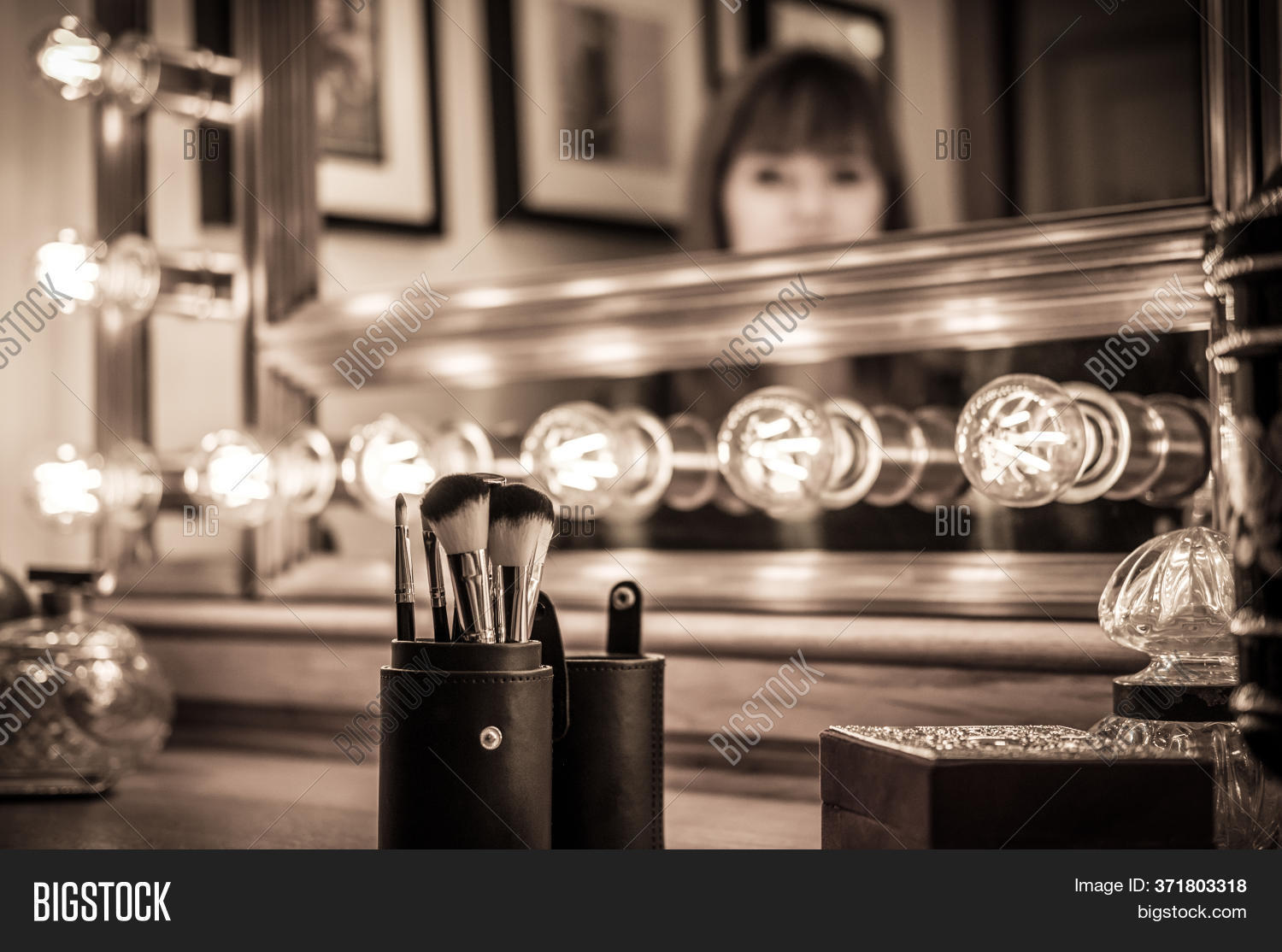 Vintage Vanity Makeup Image Photo Free Trial Bigstock
