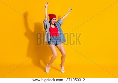 Full Length Photo Positive Youngster Hipster Girl Dance Spring Weekend Discotheque Night Club Raise