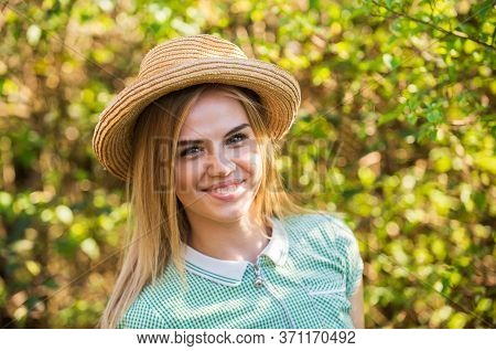 It Takes Makeup To Look Natural. Country Girl Look. Happy Woman With Beauty Look. Summer Fashion And