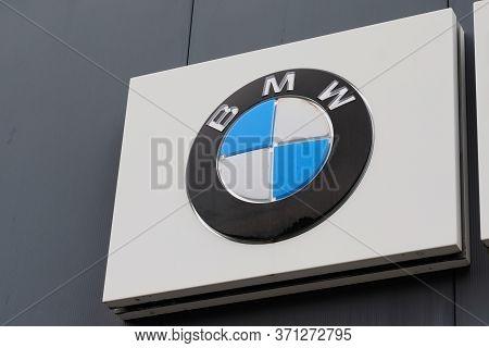 Bordeaux , Aquitaine / France - 10 15 2019 : Bmw Dealership Sign Logo Luxury Automakers