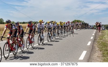 Mailleroncourt-saint-pancras, France - July 5, 2017: Team Sky With Geraint Thomas In Yellow Jersey,