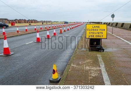 New Brighton, Uk: Jun 11, 2020: One Lane Of The Dual Carriageway Of New Brighton Promenade Has Been