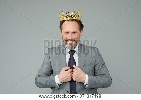 Reward Of Selfishness. Happy Director Wear Crown. Reward In Business. Reward System. Employee Reward