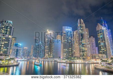 Dubai, Uae - November 20: Dubai Marina At Dusk On November 20, 2019, Dubai, Uae.