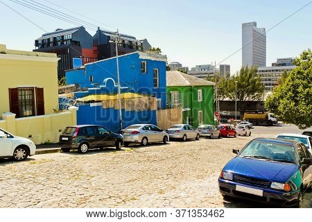 Colorful Houses With Cityscape Of Cape Town. The Bo Kaap District In Cape Town, South Africa.
