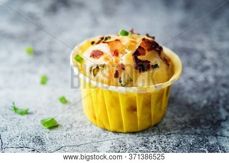 Bacon Egg Cheese Breakfast Muffins In Yellow Pepper Cups