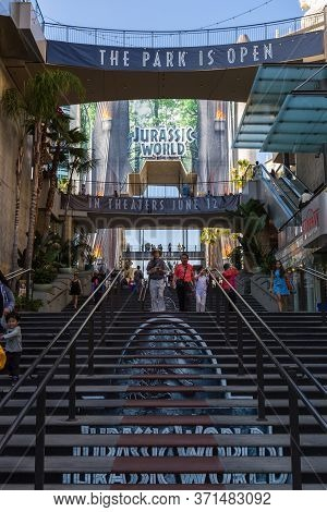 Los Angeles, Hollywood, Usa- 10 June 2015: Gate To Courtyard Dolby Theater With A Large Advertisemen