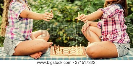 Kings Of Chess. Skilled Kids. Turn On Your Brain. Make Brain Work. Early Childhood Development. Wort