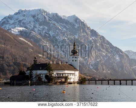 Autria, Upperaustria, Gmunden, Traunlake, Castle Orth