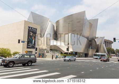 Los Angeles, California, Usa- 11 June 2015: Walt Disney Concert Hall In Downtown Los Angeles Designe