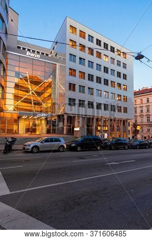 Vienna, Austria - Oct 17, 2019: Modern Architecture Of Old Town At Dusk. Beautiful Scenery In Weissg