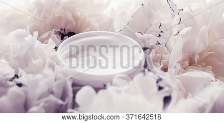 Luxe Cosmetic Cream Jar As Antiaging Skincare Routine Product On Background Of Peony Flowers, Body M