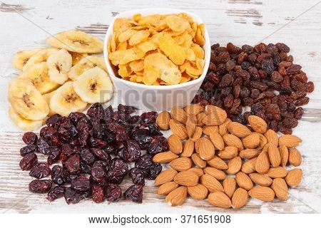 Ingredients Or Products As Source Carbohydrates, Dietary Fiber, Vitamins And Minerals, Concept Of He