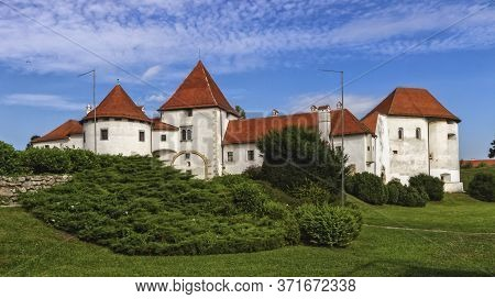 Old Castle And City Park In Varazdin By Day, Croatia