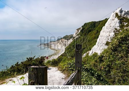 Clifffs Leading To Beachy Head, Eastbourne, Sussex, Uk