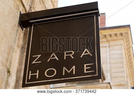 Bordeaux , Aquitaine / France - 09 18 2019 : Store Zara Home Sign Shop Company Dedicated To Manufact