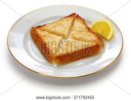 shrimp toast, prawn toast, chinese dim sum dish